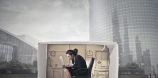 Особенности заключения трудового договора с дистанционным (надомным) сотрудником