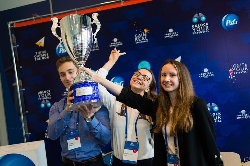 Procter & Gamble CEO Challenge, престижное соревнование для молодых талантов и будущих лидеров, приглашает выдающихся студентов со всего мира на серьезную проверку концептуального мышления, лидерских способностей и бизнес-навыков.