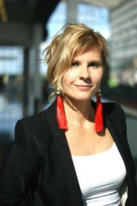 Елена Пономарева, к.э.н., член Гильдии Маркетологов, основатель научно-исследовательской компании «Лаборатория трендов»
