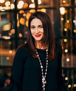 Екатерина Домингес, Рекламная группа SOWA, исполнительный директор