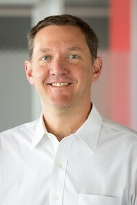 Джима Уайтхёрста «Открытая организация», президента и главного исполнительного директора компании Red Hat