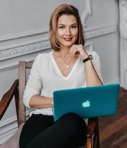 Снежана Замалиева – ведущий эксперт пометодике умственной тренировки«mindfulness» в России, клинический психолог, кандидат философских наук