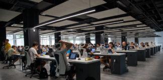 Новинка HR-технологий: чат-бот XOR - лучший в подборе, хэдхантинге и удержании персонала