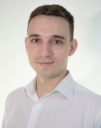 Максим Третьяков, Менджер по работе с персоналом Schneider Electric.