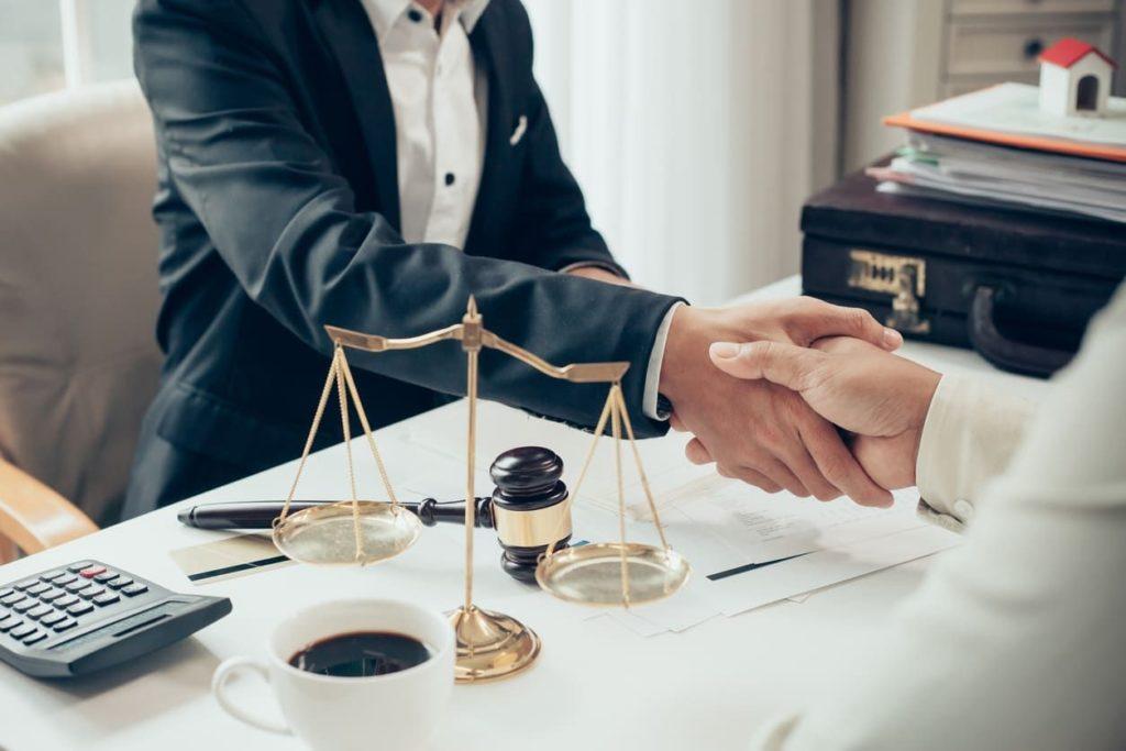 юридические услуги по трудовому праву